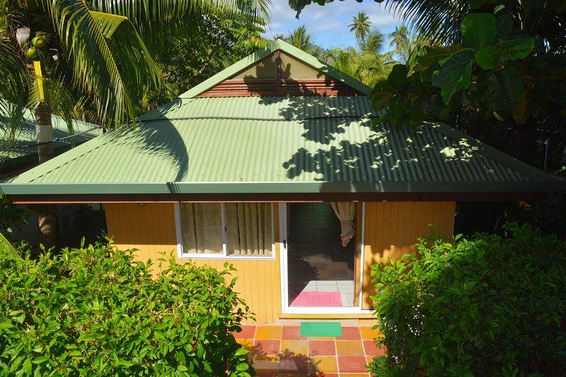 Terrasse à l'entrée du bungalow