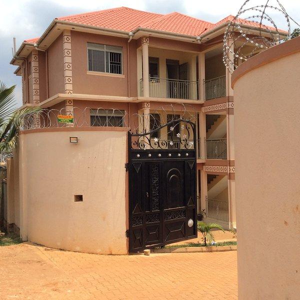 Oakland Garden Apartments, Kyanja Kampala, aluguéis de temporada em Kampala