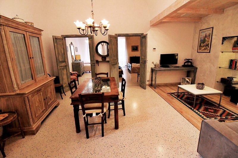 efter några renoveringar nu är det en perfekt och personlig lägenhet, perfekt inte bara som semesterhus