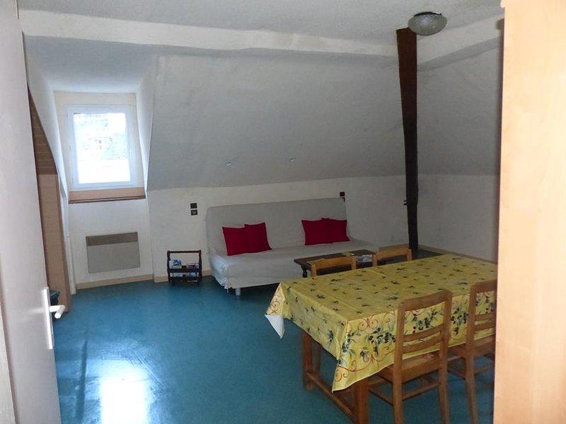 la gran sala de estar con sofá cama 140.