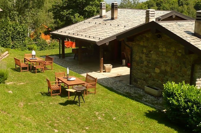 Plesio Villa Sleeps 10 with Pool and WiFi - 5841228, vacation rental in Plesio