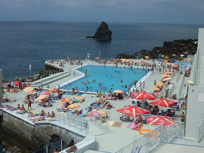 La piscina principal en el Lido