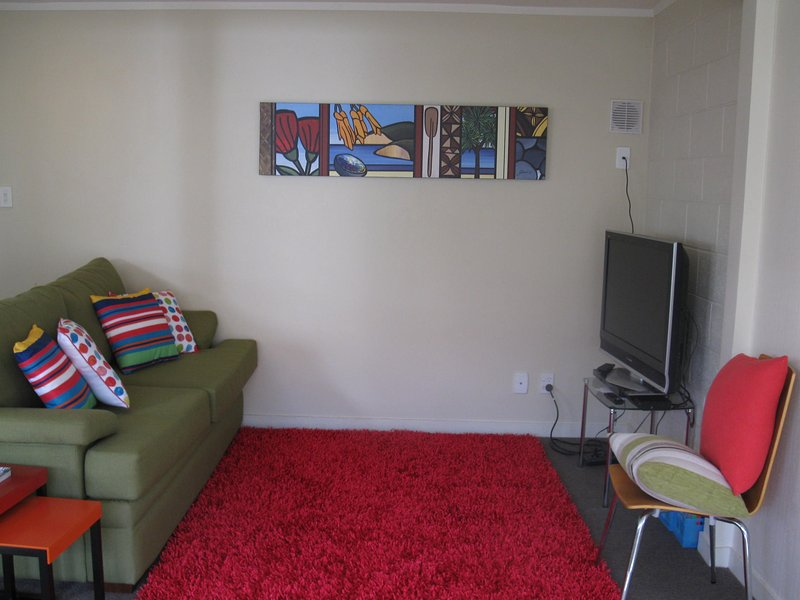 Heaphy Street Apartment, holiday rental in Piha