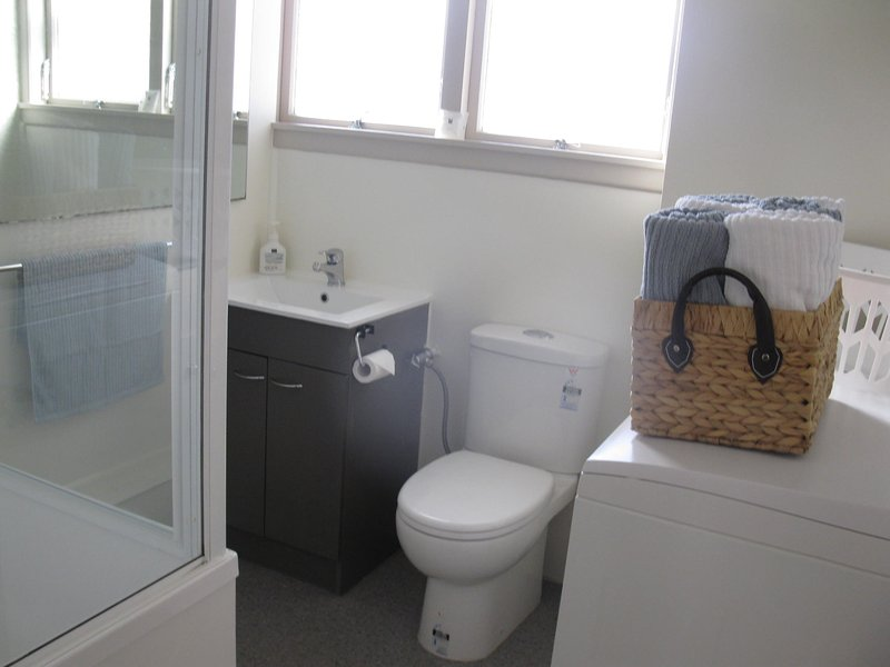 Bathroom / Laundry