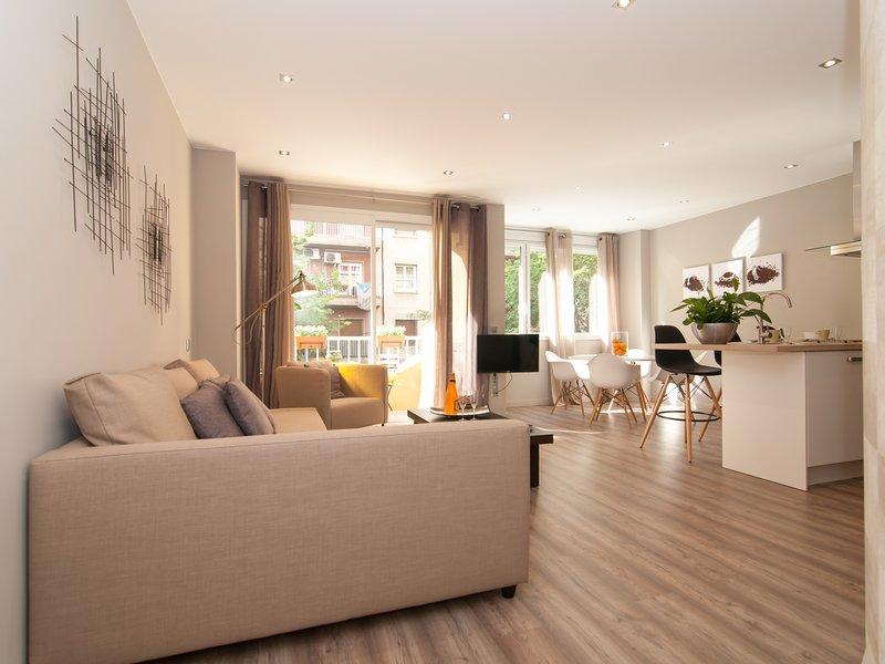 Luxury twin Apartment Sagrada Família, vacation rental in Barcelona