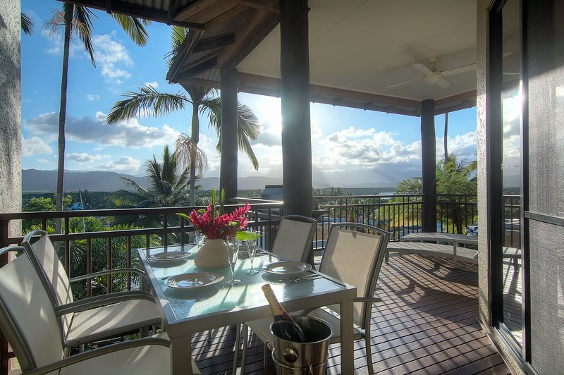 8 The Point Apartments Port Douglas, vacation rental in Newell Beach