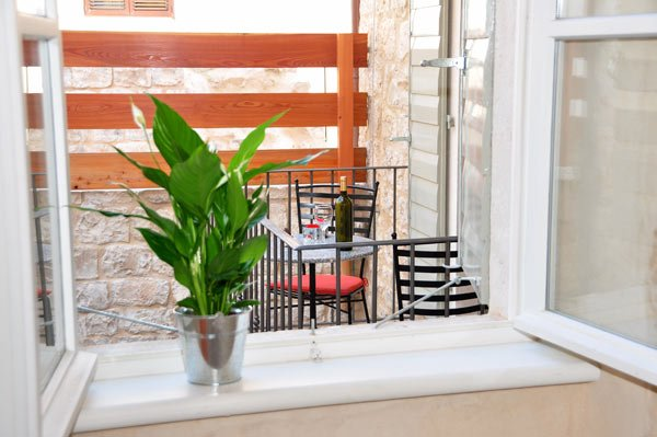 Terrace, view from the window,  Apartment Mama 2, Omis