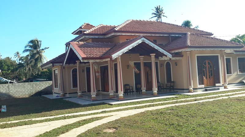 Porutota Garden Resort, vacation rental in Waikkal