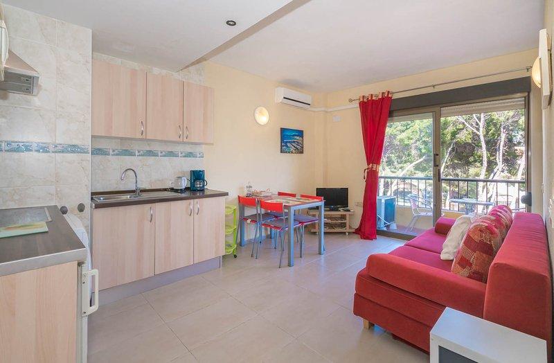 Un apartamento pequeño pero muy agradable con mucha luz