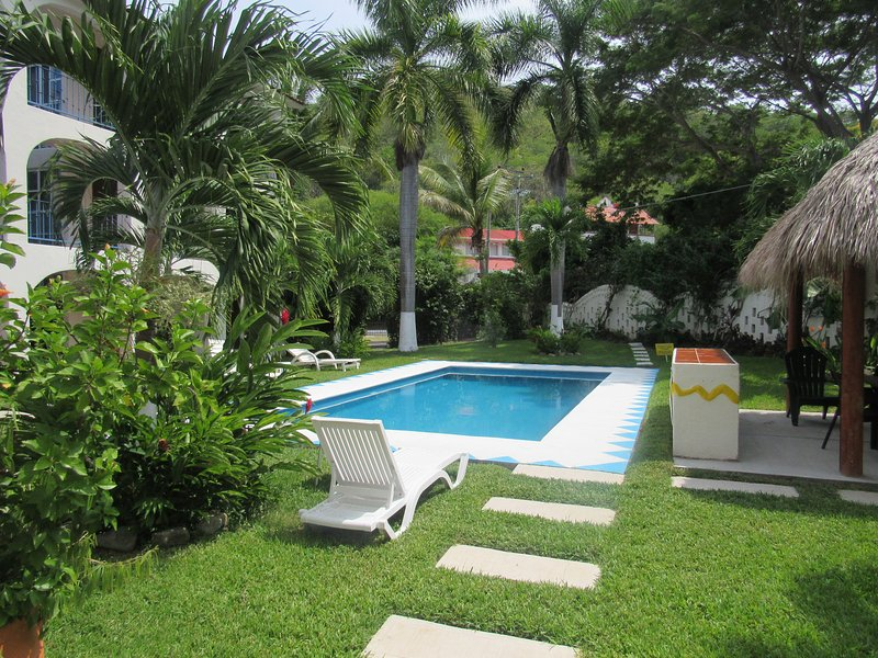 HUATULCO CUTE APT, holiday rental in Huatulco