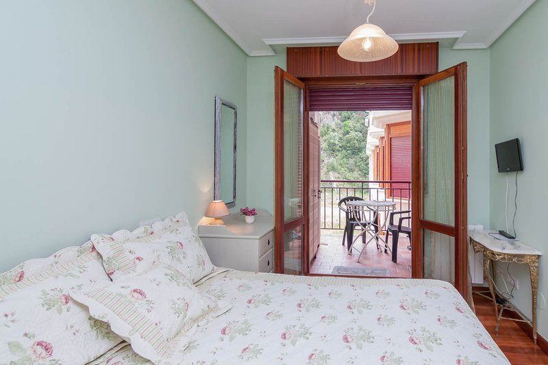 Room / terrace