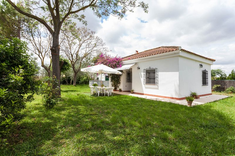 Casa de campo en Sevilla, vacation rental in Seville