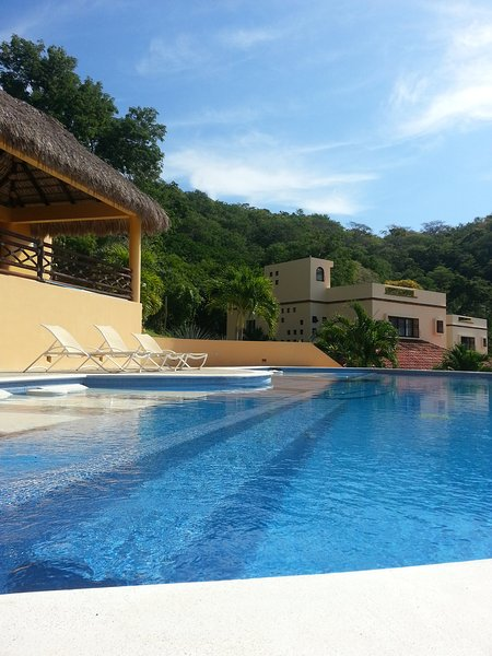 Gorgeous House for rent in Huatulco, holiday rental in Crucecita