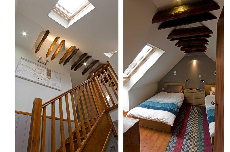 Stair & Top twin Bedroom
