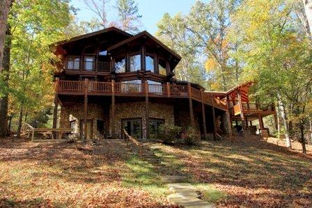 Western cedar genuine log cabin