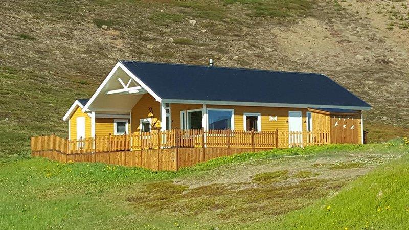 Setrið Holiday Home, holiday rental in Olafsfjordur