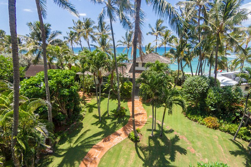 North shore beachfront home, holiday rental in Haleiwa