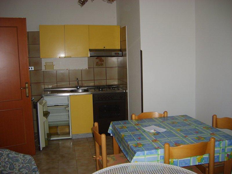 Bilocale 4 posti letto - Appartamenti Primula, vacation rental in Fonte Umano-San Martino Alta