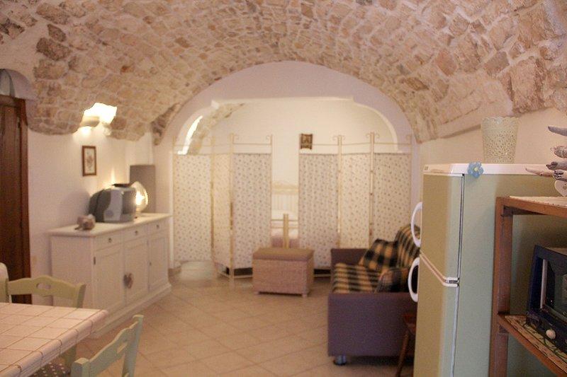 Bed and Breakfast 'Da zia Grazia' ad Ostuni, holiday rental in Marina Di Ostuni