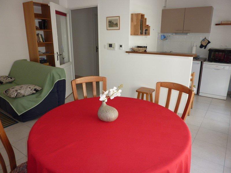 APPARTEMENT T2 45m2 dans résidence à SAINT-MALO., vakantiewoning in Ille-et-Vilaine