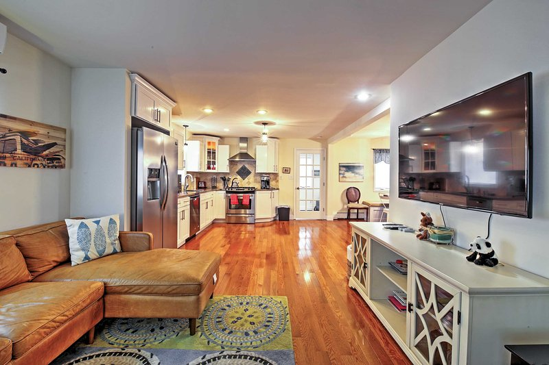 NEW! Seaside Escape < 1 Mile to Long Branch Beach!, vacation rental in Highlands