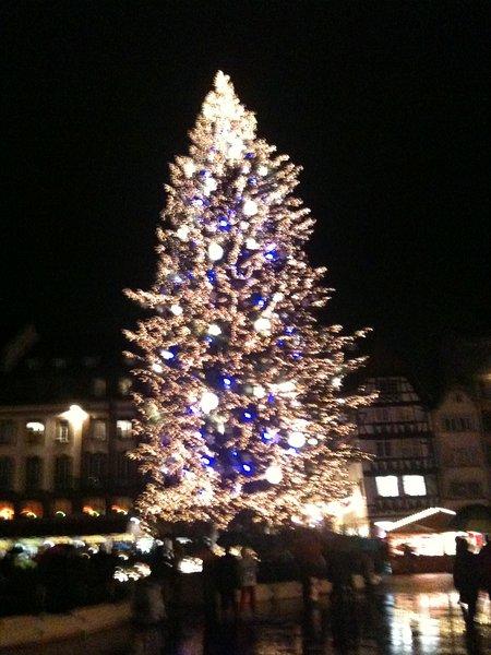 le MARCHE DE NOEL 'KRISTKINDELMARIK' du 27/11 au 27/12 le + beau d'Europe