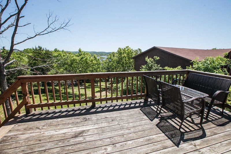 Table Rock Lake Front Cabin W