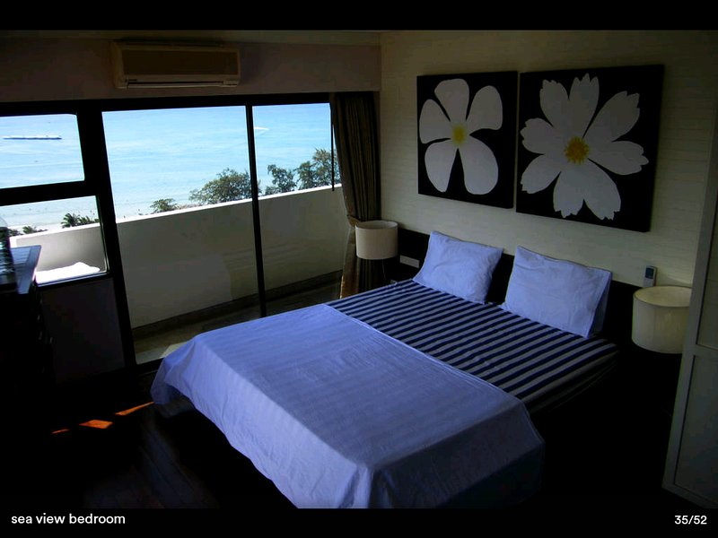 King size bed with sea view to Patong Bay