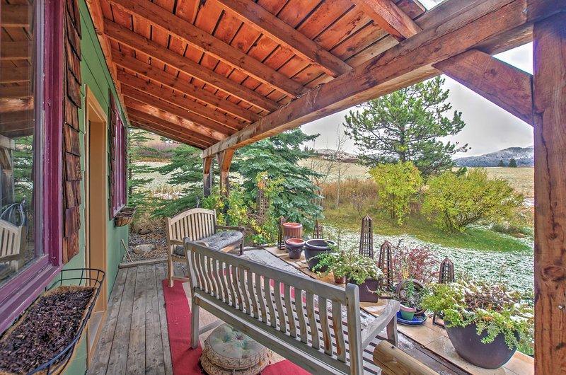 Bozeman House w/Splendid Mtn Views - 10 Min to DT!, holiday rental in Bozeman