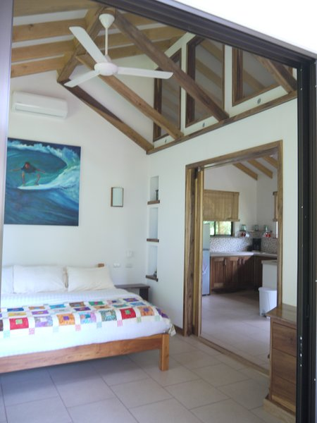Royal Palm Villas- Private Tropical Garden Estate, vacation rental in Mal Pais