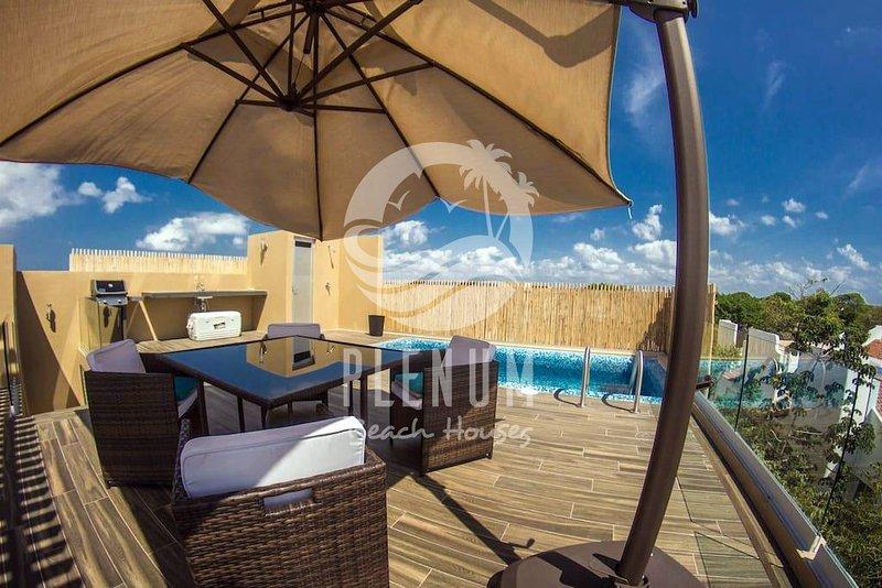 Luxury Penthouse/ Lujoso Penthouse PLAYACAR 7 pax, holiday rental in Playa del Secreto