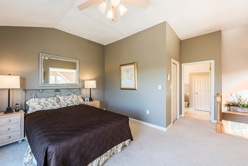 3rd Level Bedroom, En suite, TV, open on to private deck, Peekaboo Window to Living Room will have Shutters