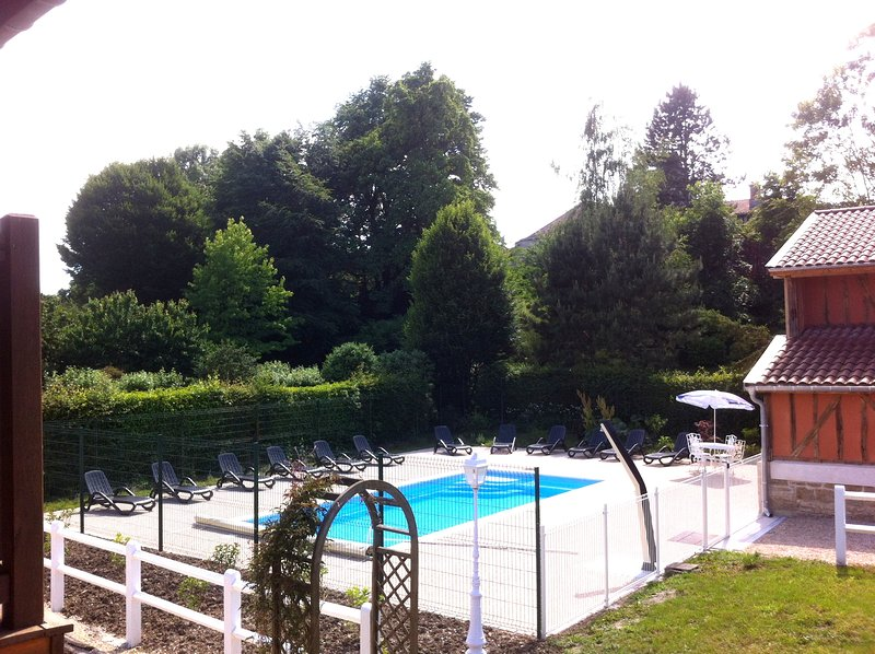 grand gîte  15 personnes 9 chambres lac du der champagne avec piscine