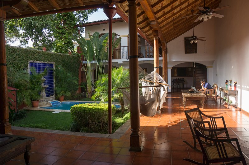Colonial house 'La gran Sultana' + pool, holiday rental in Santa Teresa