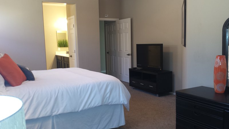 Master Bedroom with 40 inch TV
