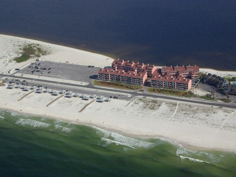 Palm Beach Club complex on the verge of National Seashore