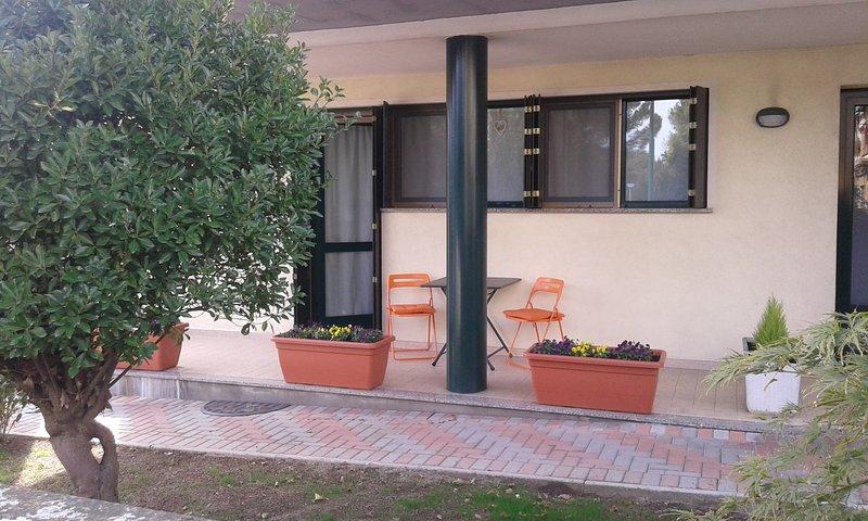 CASA SARA STUDIO APARTMENT, vacation rental in Olmo di Mira