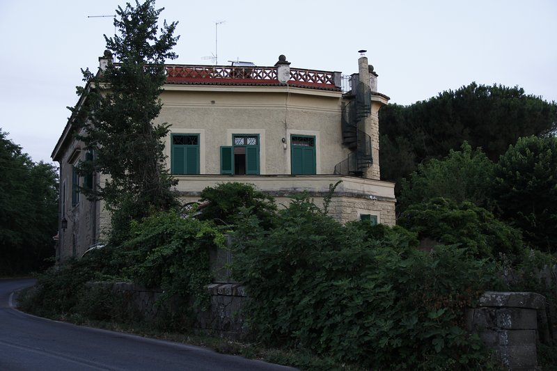 NORTH SIDE view from the road,wide terrace overlooking Rome, railroad bridge beneath the villa