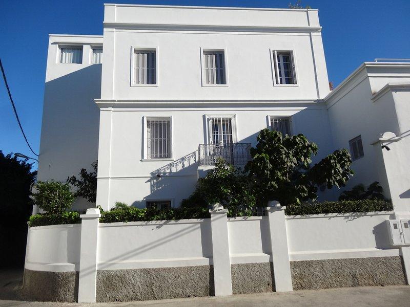 Front of Villa PERLA Street