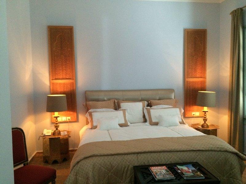 Master suite with queen bed Emperor 200/200