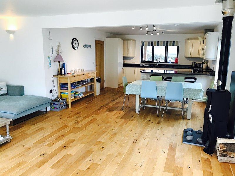 Holiday Home in Widemouth Bay, aluguéis de temporada em Widemouth Bay