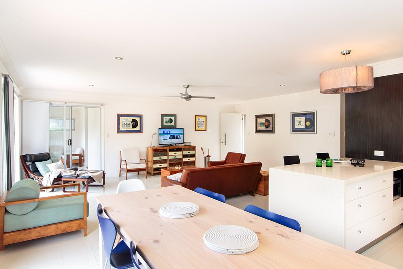 Oceanic Dr 133 - WHALE WATCHERS DELIGHT, holiday rental in Parrearra