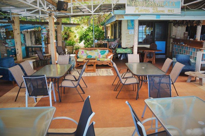 Reception, Restaurant
