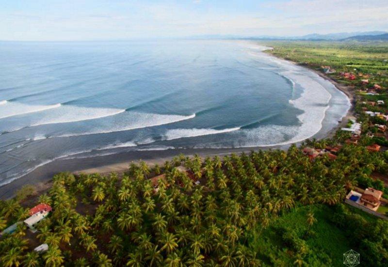 Beach Front La Saladita Property - Aluguéis de temporada em Troncones, Guerrero - Tripadvisor
