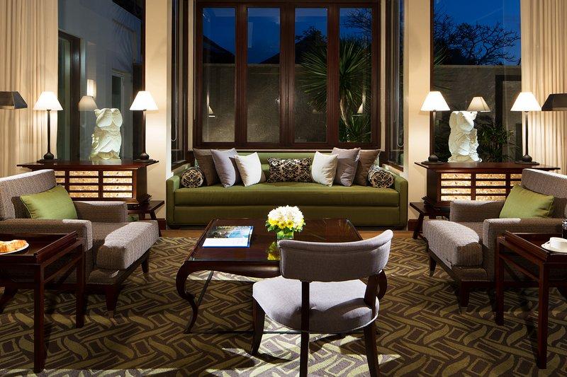 Ocean Pool Villa Living Room