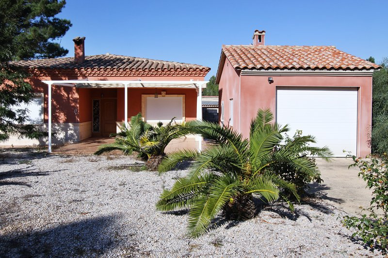 Amazing villa with mountain view, holiday rental in Castellón de la Plana