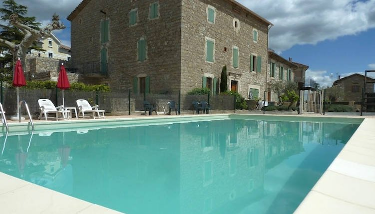 Holiday gite Cevennes pool, holiday rental in Lezan