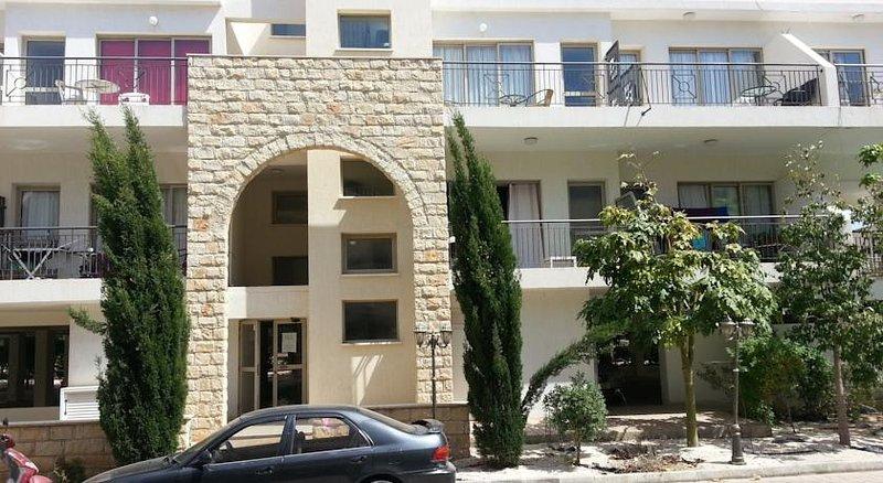 Kings appartements de vacances, un lieu d'être, des chambres confortables accès facile. Voir, sentir, aimer !!