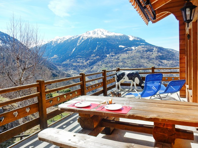 Chalet - 700 m from the slopes, vacation rental in Veysonnaz