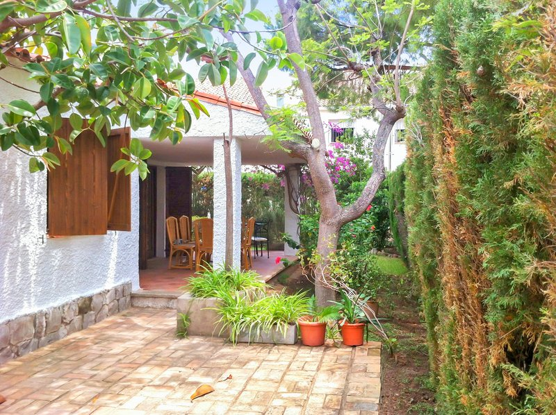 Amazing house with swimming-pool, vacation rental in Benicasim